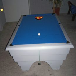 Out Door Coin Table (2nd Hand)
